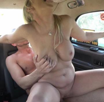 Sasha Steele - Ozzie tourist cums in blondes mouth (2017) FullHD 1080p