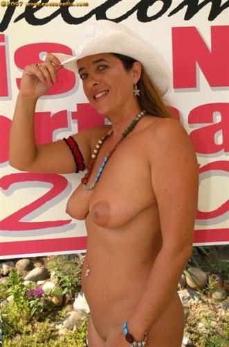 Desi wife stripping nude